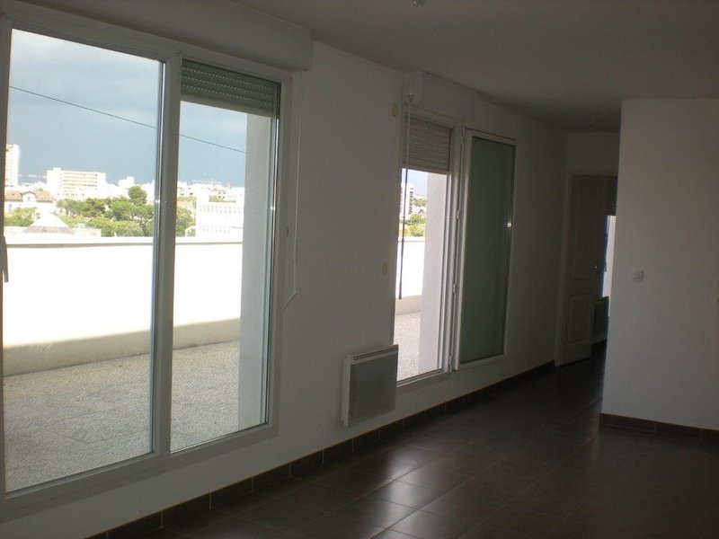 Annonce location appartement marseille 8 26 m 450 for Annonce location appartement